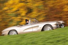 《经典车》美国黄金战舰Corvette的故事