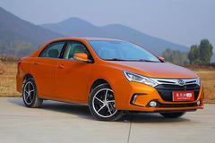 """比亚迪""""秦""""今日北京上市 推两款车型"""