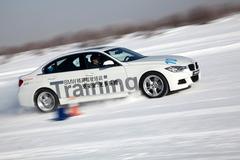 宝马3系冬季冰雪驾驶培训 安全畅享激情