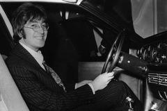 《凤凰解密》约翰•列侬的第一部汽车