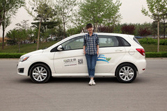 汽车达人秀(24) 电动车租赁使用全体验