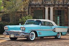 1958年款庞蒂亚克Bonneville敞篷车