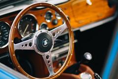 《经典车》值得收藏的Triumph TR6