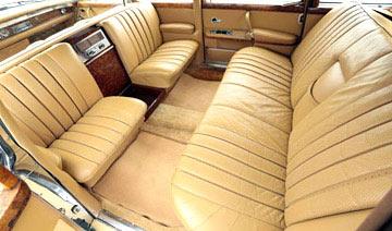 陈毅生前奔驰座驾被拍卖 约合137万元/仅进口2辆