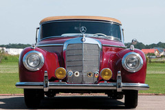 《经典车》1952年奔驰300S敞篷跑车