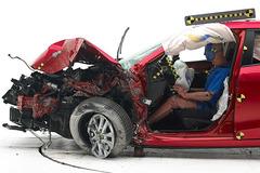 从碰撞中发现(二) 紧凑型车谁更结实