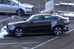 奔驰GLC Coupe低伪装谍照 或日内瓦首发