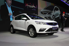2016北京车展:吉利帝豪GS正式亮相