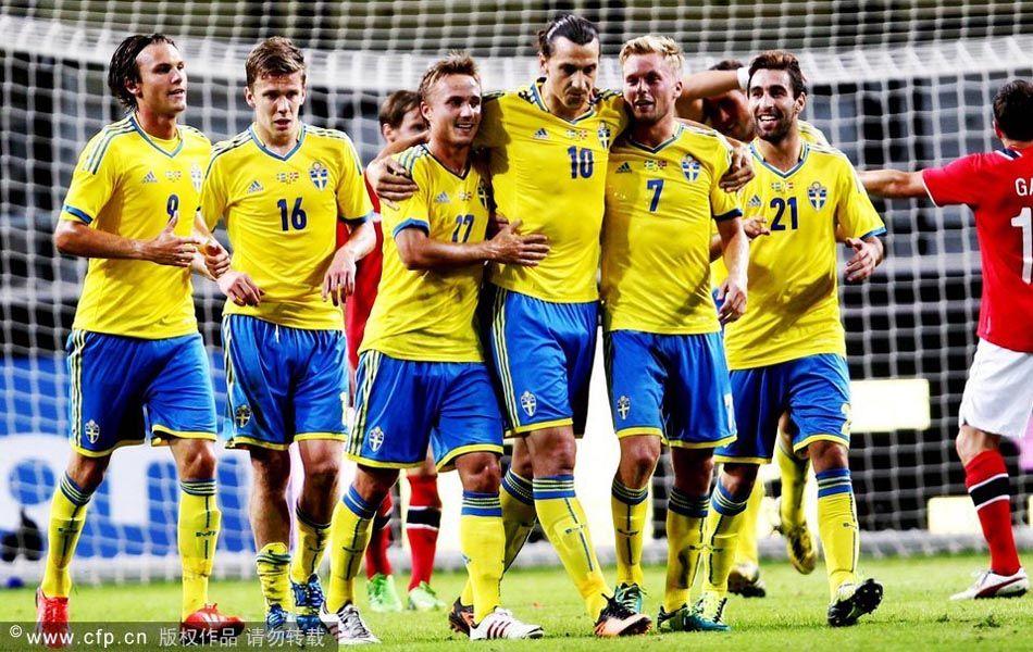 再加上沃尔夫斯堡中场安德森的进球,瑞典主场4-2战胜挪威.