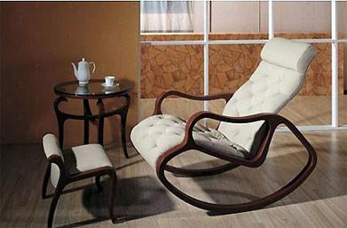 欧式摇椅 欧式摇椅 材质:实木,皮质超纤皮 价格:860-960元 推荐理由