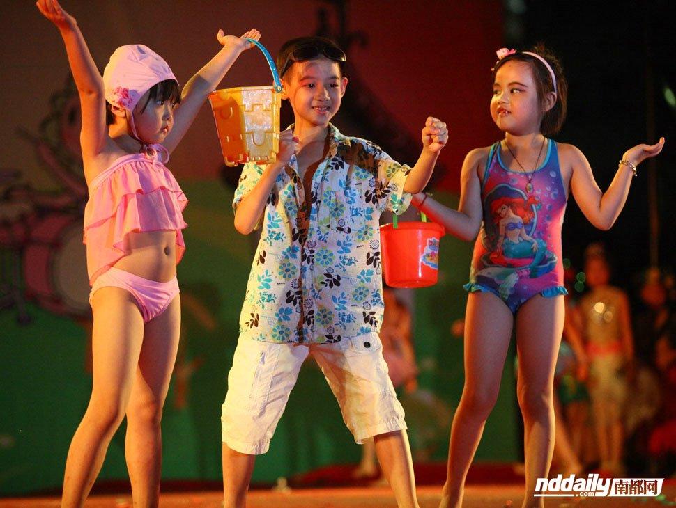 日本10岁小女孩泳装 - 日本10岁小女孩泳装 - 2013-08-24 ...