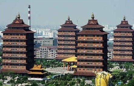 华西村的农民别墅,奢华媲美皇宫.华西村,位于江苏省江阴市华士图片