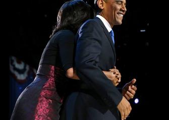 奥巴马胜选后亮相