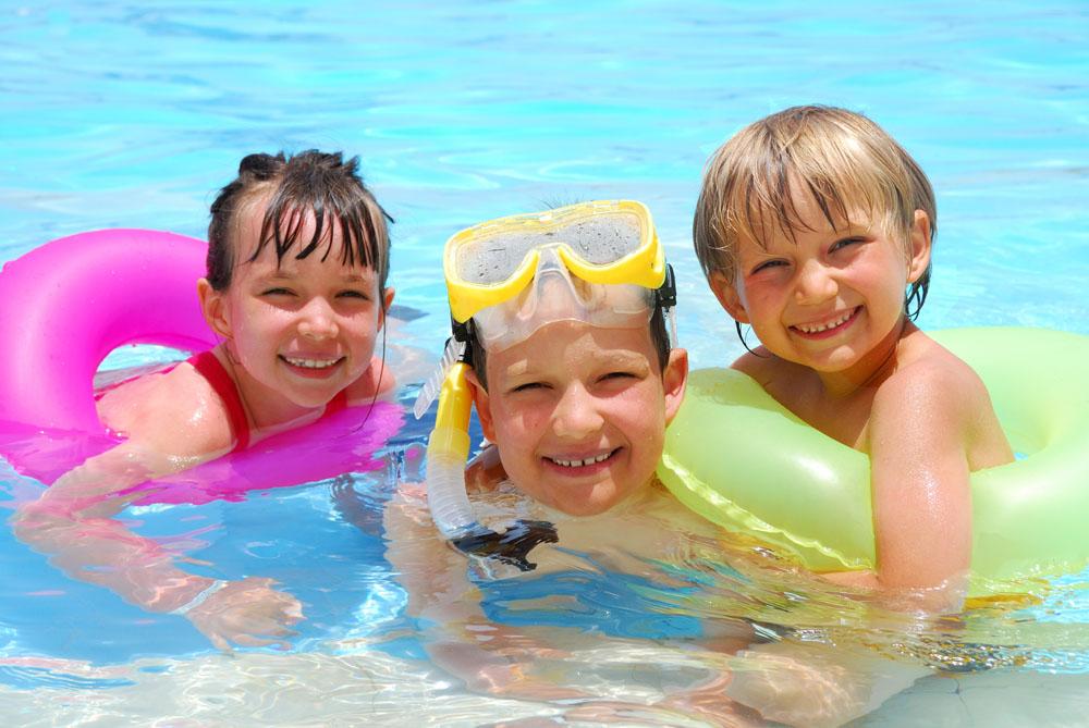 夏天学游泳好时节 儿童学游泳有哪些好处