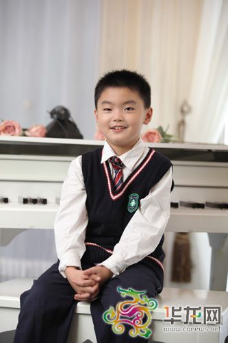 chongqing nine years old boy to join writers association: poetry is my true expression to the thing