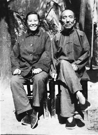 上世纪70年代,许燕吉和她的老头儿的合影。