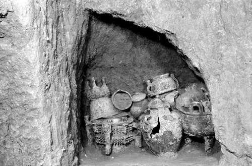 3000多年前的贵族墓葬现身宝鸡石鼓山(图)