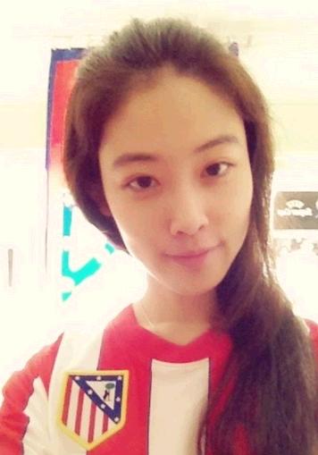 中国美女球迷网络爆红