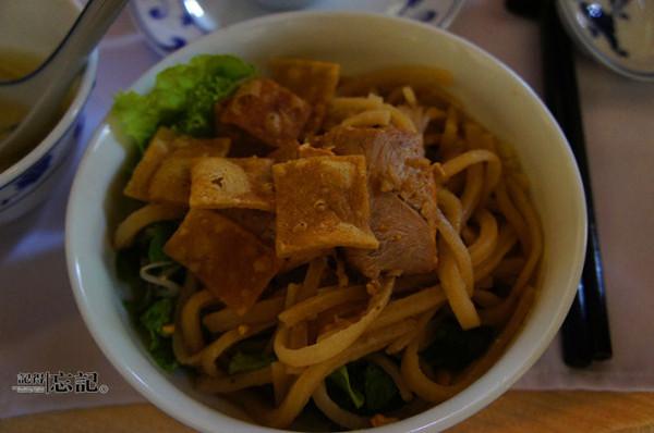 越南海鲜一般沾着酱油吃