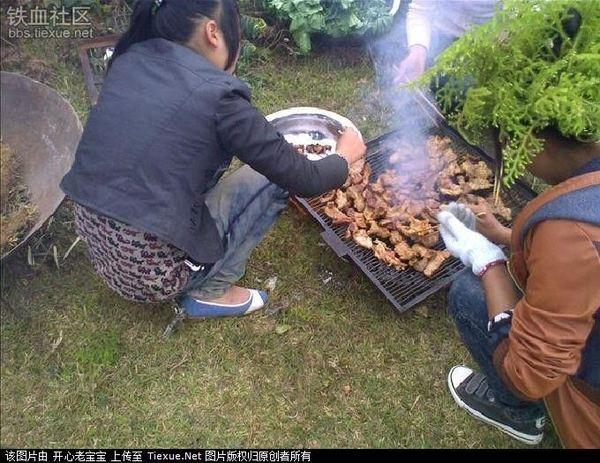 见过这么强悍的烧烤肉串吗,真是过瘾!(组图) - 月落台阁 - 月落台阁