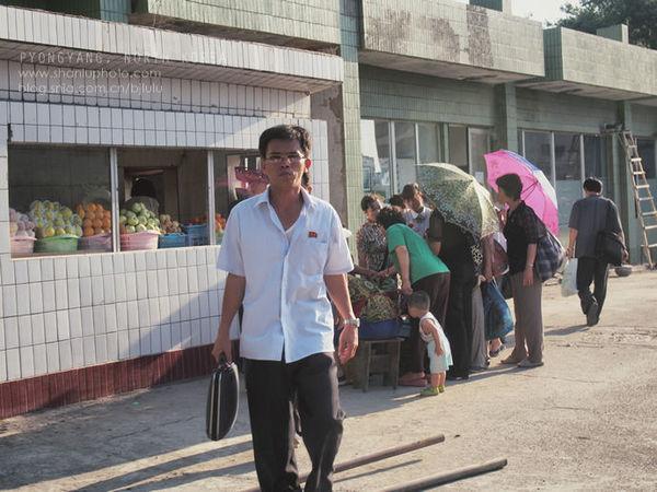 【朝鲜实拍】深入平壤居民区