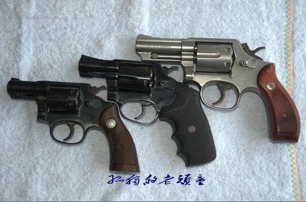 马格南/经典中的经典//CZ75B手枪。CZ75B手枪使本身就跻身名枪之列的...