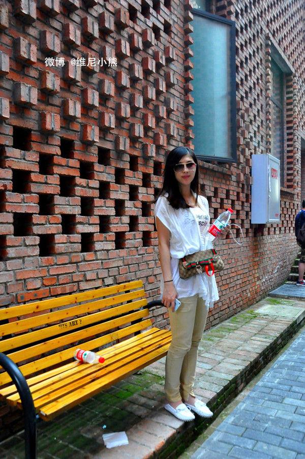 美女 重庆大学/很荣幸,在这里遇到同游的重庆美女@银雪crystal,原来她曾与...