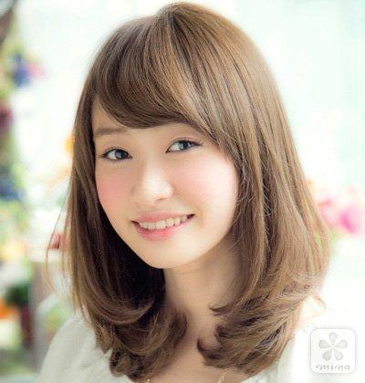 夏日胖脸女生适合的发型图片