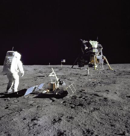 阿波罗登月是假的吗_NASA再次公布大批阿波罗号登月点高清照片、