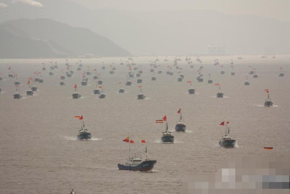 人民日报:东海浪虽大 中国可打鱼