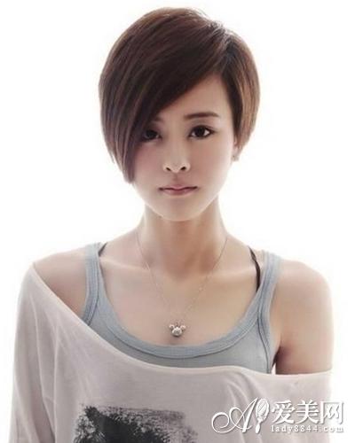 长刘海沙宣短发图片