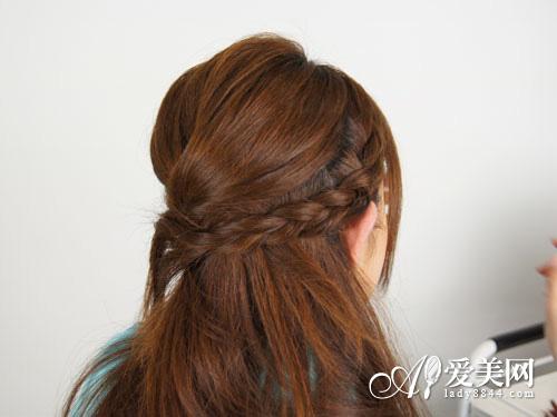 美容  导语:编发扎发diy能给自己的发型多一些改变,给自己的发型增加