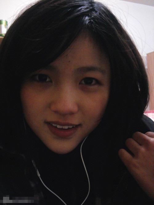"""21岁复旦""""门萨女神""""张安琪生活照(1/7张)"""