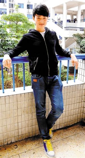17岁少年明星李大卫 专辑 金曲图片