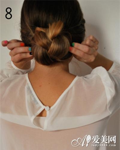 古典辫子发髻教程 居家外出全适合 头发 发型_凤凰时尚