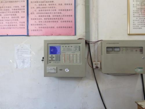 铁老大防盗器889‐c101接线图