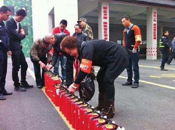 210名易燃志愿者加入春季防火培训|视频|大火辛亥革命社区图片