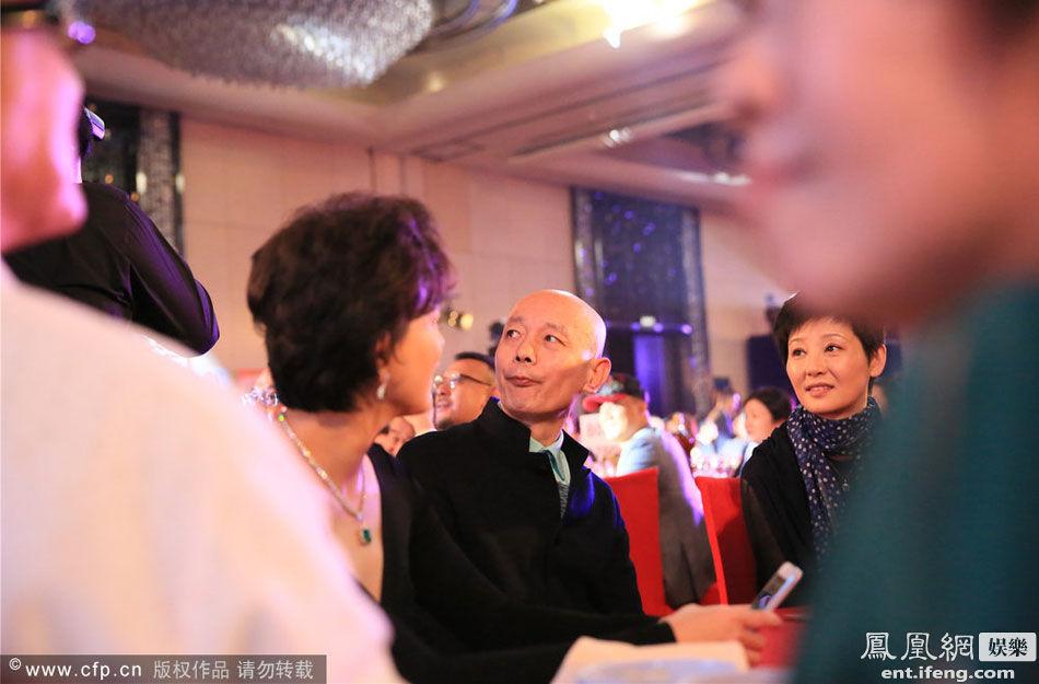 成龙60大寿慈善拍卖宴内场 众国内大腕齐聚 - 月  月 - 阳光月月(看新闻)