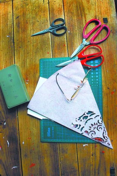 纸折蝴蝶碟步骤图解