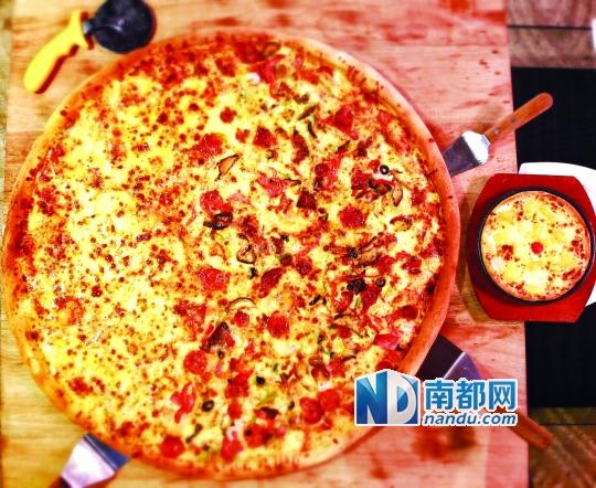七寸的披萨有多大-个世界疯狂了 比萨都长到28寸了