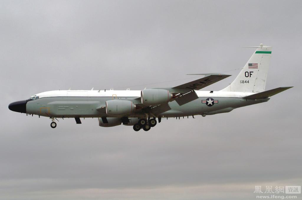 美国一间谍飞机遭俄战斗机拦截 躲入瑞典领空