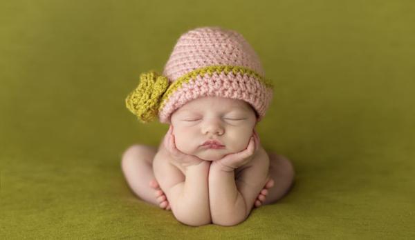 这些宝宝可能来到这个世界上还不足数日,但是他们睡觉的样子已经快要