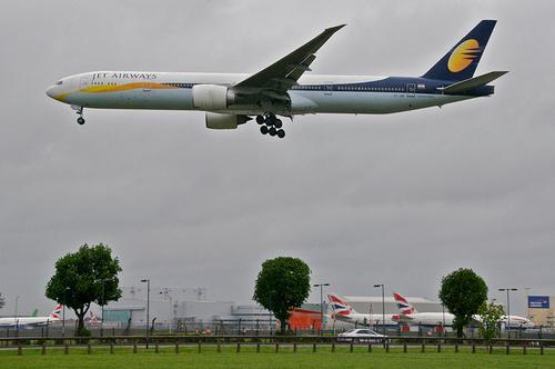 印度民航飞行员打瞌睡 飞机高空突降1500多米
