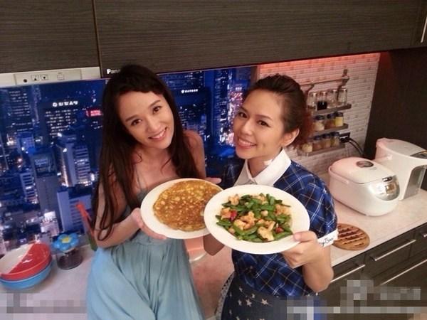 陈乔恩在微博祝好姐妹夏于乔生日快乐