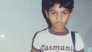 印度男孩萨罗走失25年后靠Google地图找回家乡。