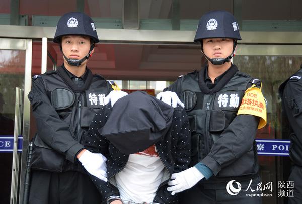 5名犯罪嫌疑人已被刑拘。高岗/摄