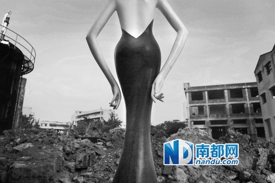 2014年10月13日,佛山禅城三友南路原金意陶陶瓷厂房正停产改造为一个电商创意园。近年来,各种旧式厂房改造成的创意园在佛山不断涌现。
