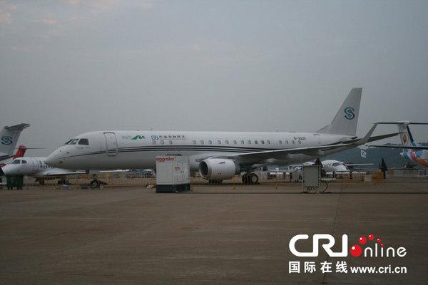 巴西航空工业erj190支线客机