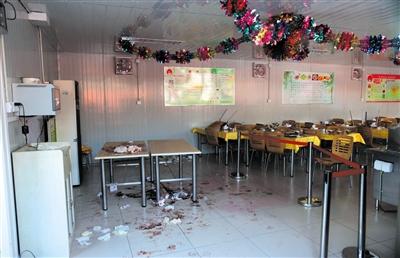 去年10月25日,故宫员工食堂凶案现场,残留大量血迹。当天,故宫展览部两领导被员工刺死。新京报资料图片薛珺摄