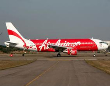 亚航一架由印尼飞往新加坡航班失联,机上载有155人